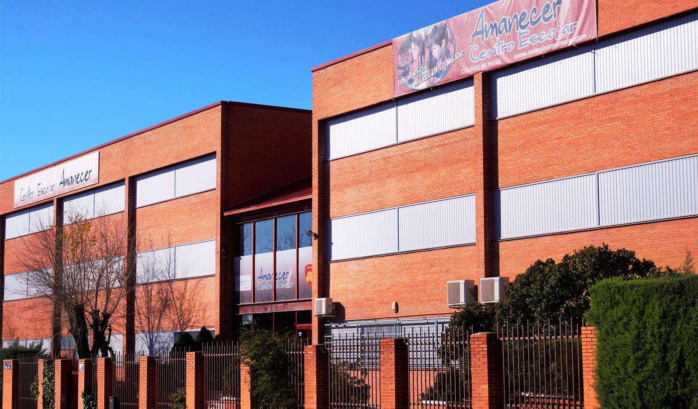 entrada colegio Alcorcon Amanecer