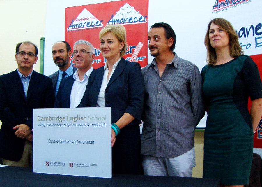 Entrega placa Cambridge