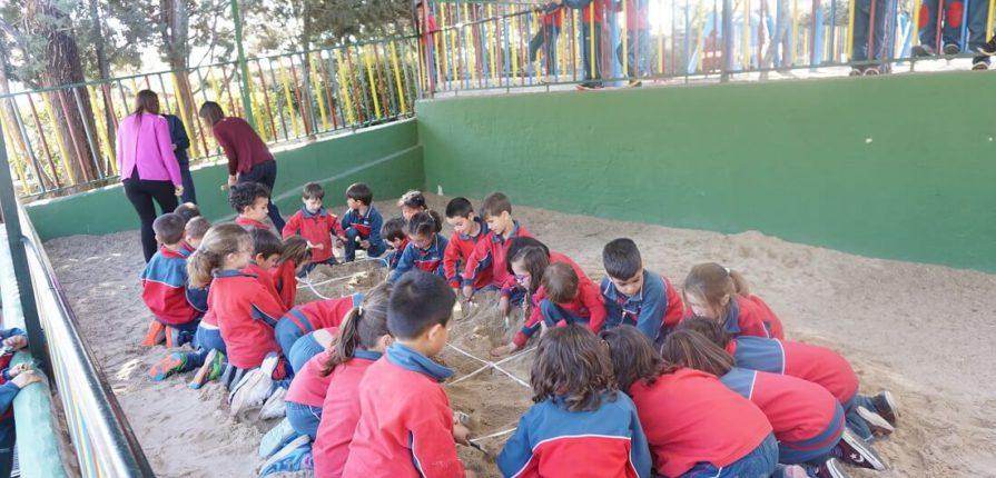 Paleontología en el colegio Amanecer de Alcorcón Escuela Infantil