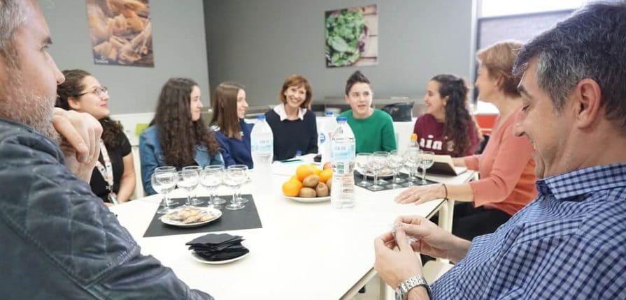 alumnos de bachillerato en socios por un dia